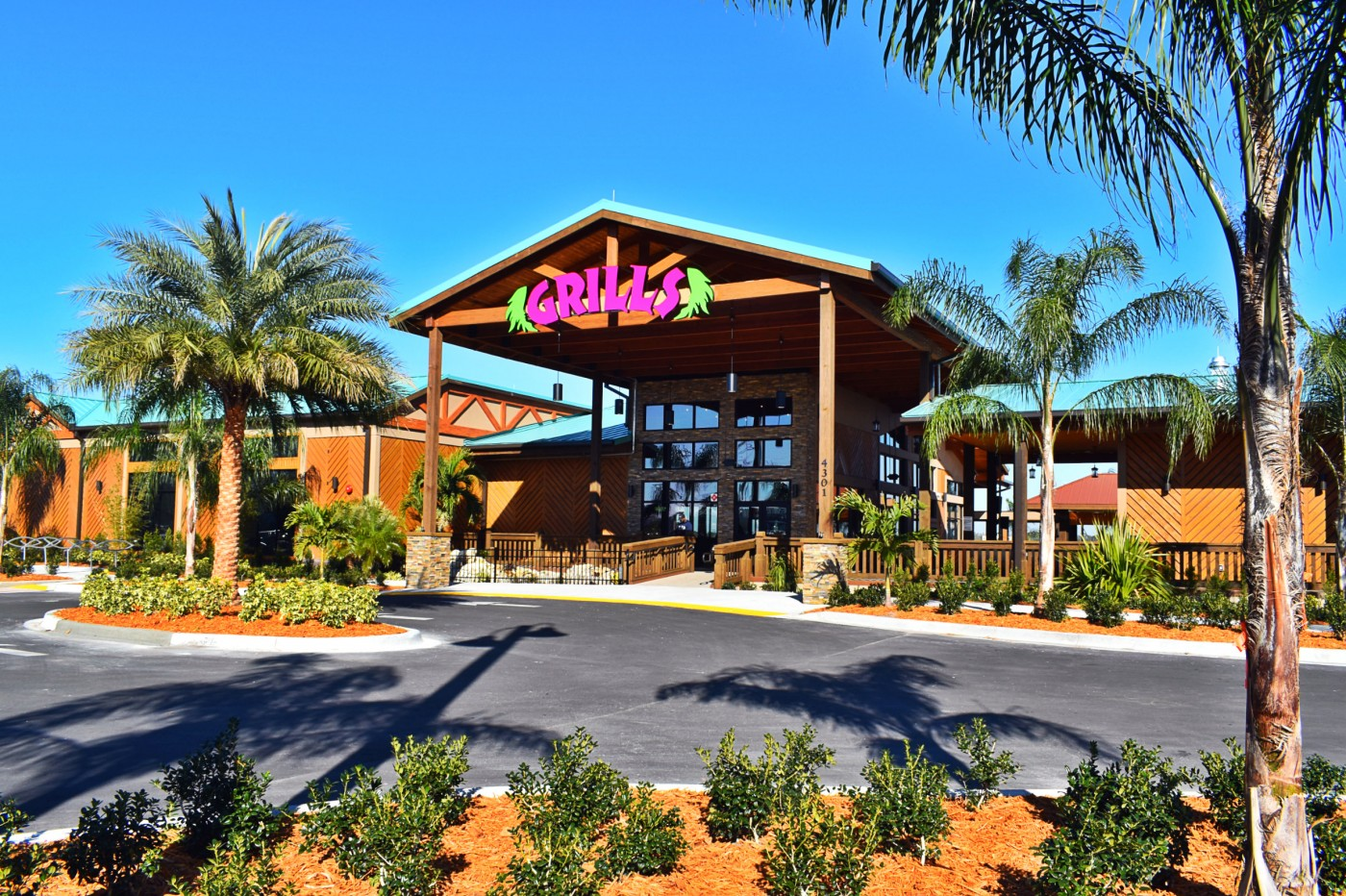 Grills Lakeside Waterfront Seafood Restaurant Near Winter Park Orlando Florida