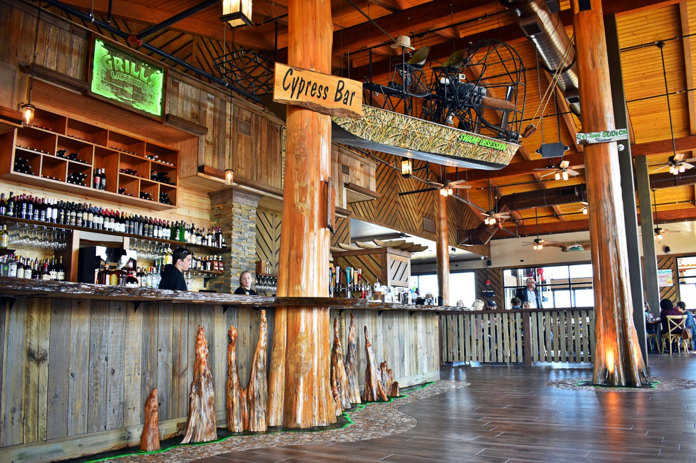 Grills lakeside orlando waterfront seafood restaurant and tiki bar - Grills seafood deck tiki bar ...