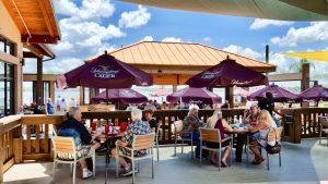outdoor seating florida seafood restaurant best orlando